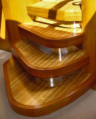 Interior woodwork for motor yachts and sailing yachts